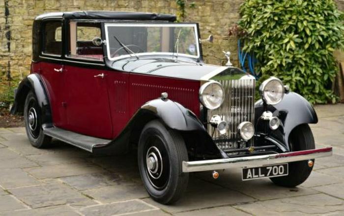 vintage-auto-rolls-royce-klein-limousine-resized