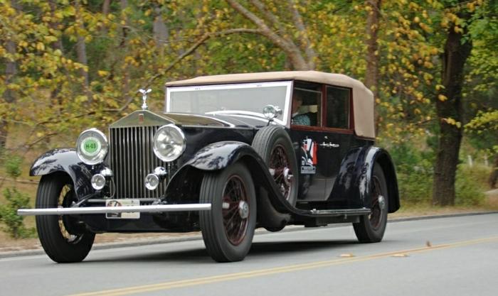 vintage-auto-rolls-royce-resized