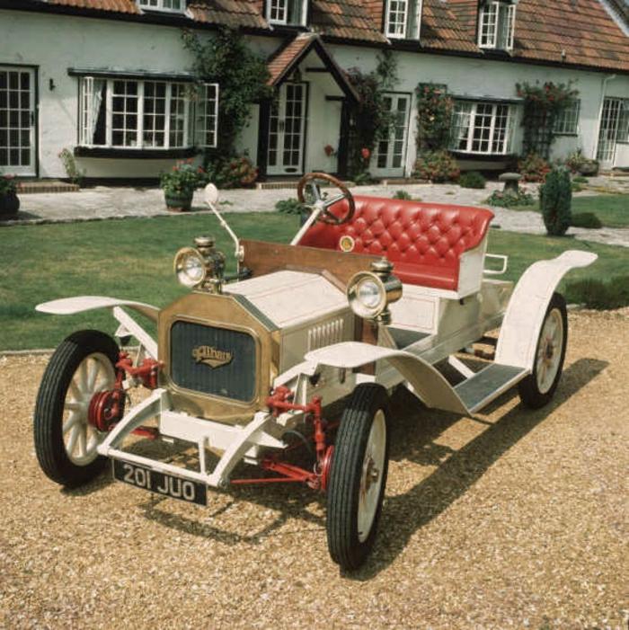 vintage-auto--schwarz-sitz-resized