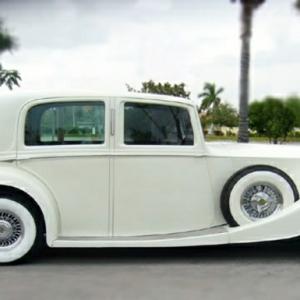 Vintage Auto - eine echte Trophäe