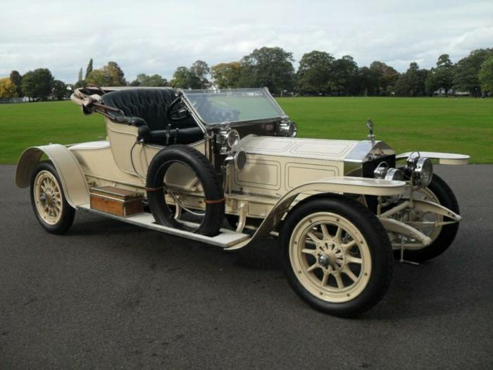 vintage-auto-sehr-klassisch-resized