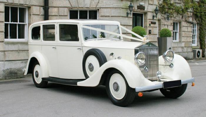 vintage-auto-weiß-hochzeit-resized