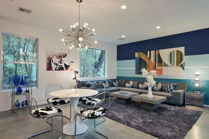 wandfarbe-blau-artistisches-wohnzimmer