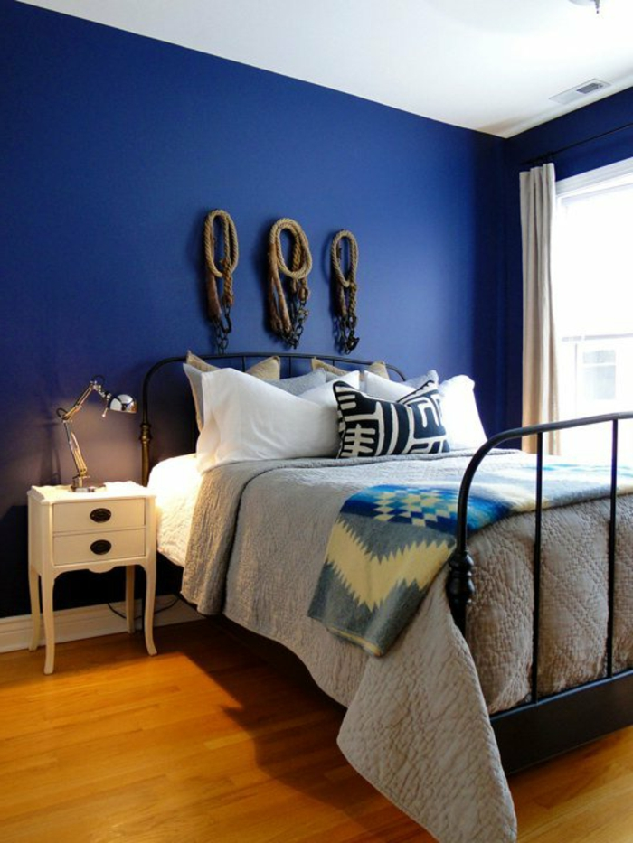 Was denken sie ber die wandfarbe blau - Wandfarbe schlafzimmer ...