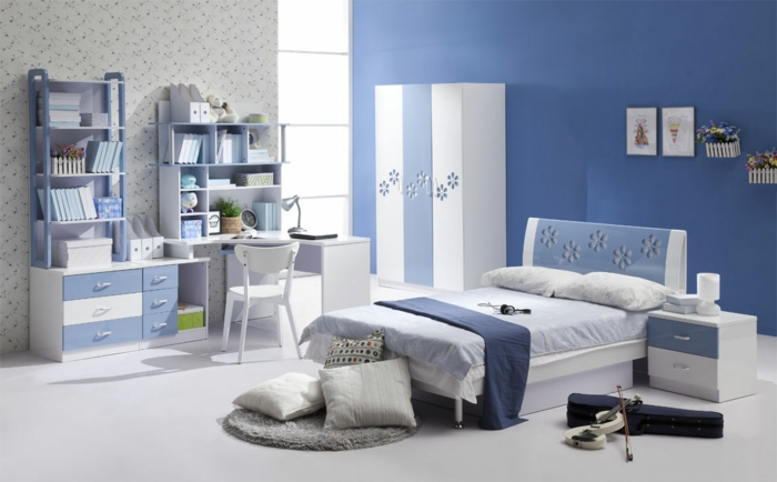 wandfarbe-blau-prima-look-schlafzimmer