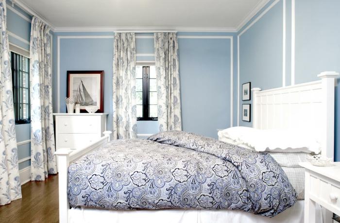 wandfarbe-blau-unikales-traditionelles-schlafzimmer