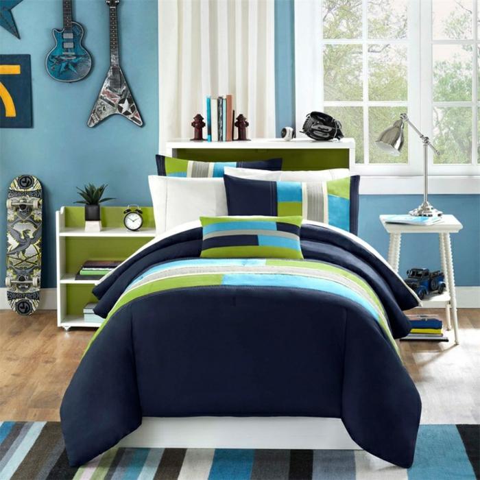 wandfarbe-blau-wunderschönes-modell-elegantes-bett-design
