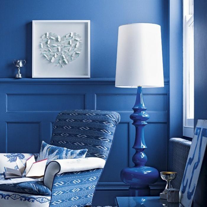 wanfarben-kombinationen-blau-und-weiß-zusammenbringen
