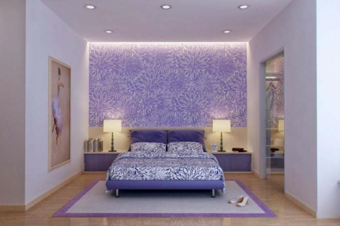 wanfarben-kombinationen-indirekte-beleuchtung-lila-farbe