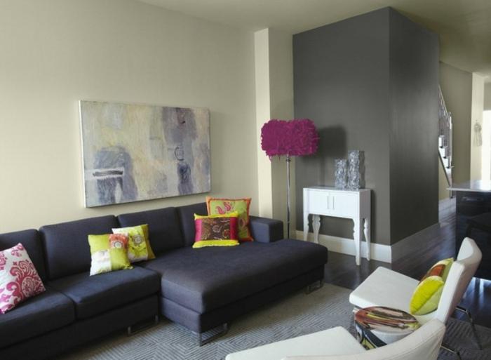 wanfarben-kombinationen-schwarzes-schönes-sofa