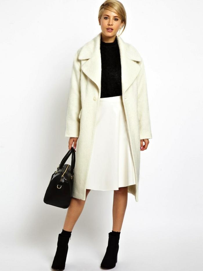 weißer-Mantel-Rock-schwarze-Schuhe-Tasche-Bluse-eleganter-Look
