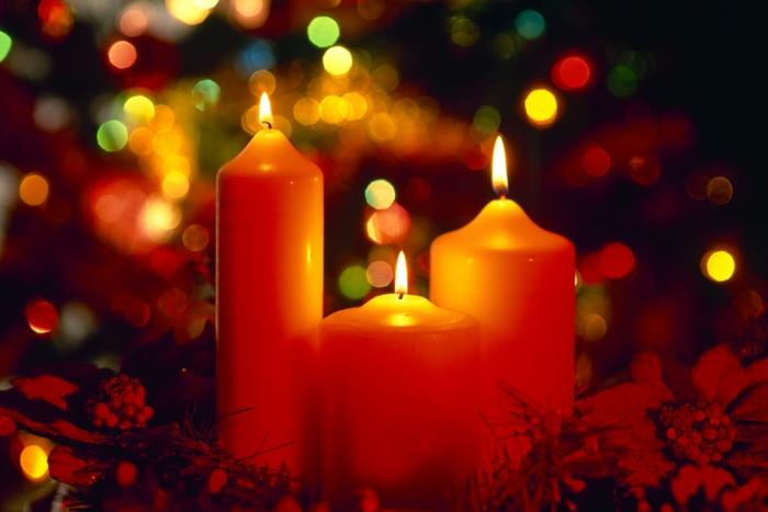 Weihnachten-Kerzen-gemütliche-Atmosphäre