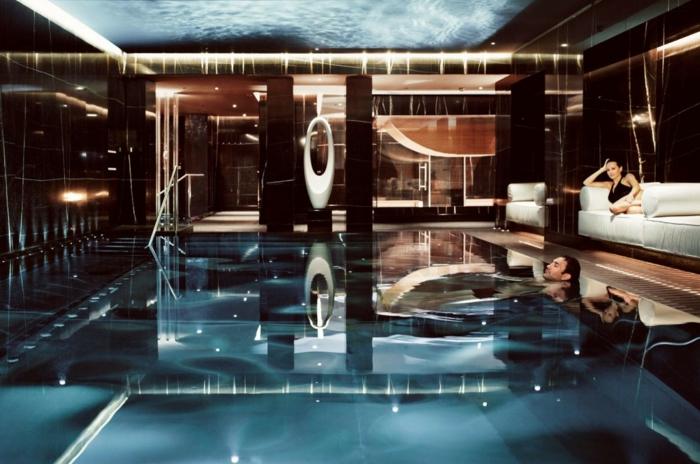 wellness-wochenende-wunderschöner-pool