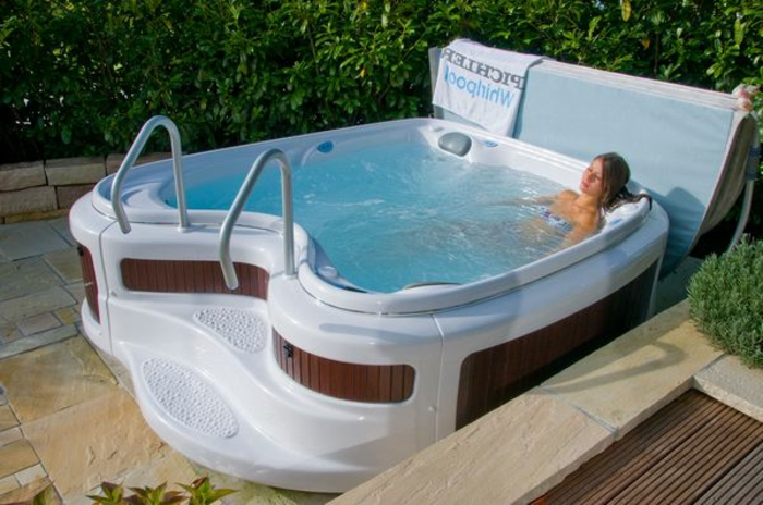 whirlpool-dachterrasse-kompakt