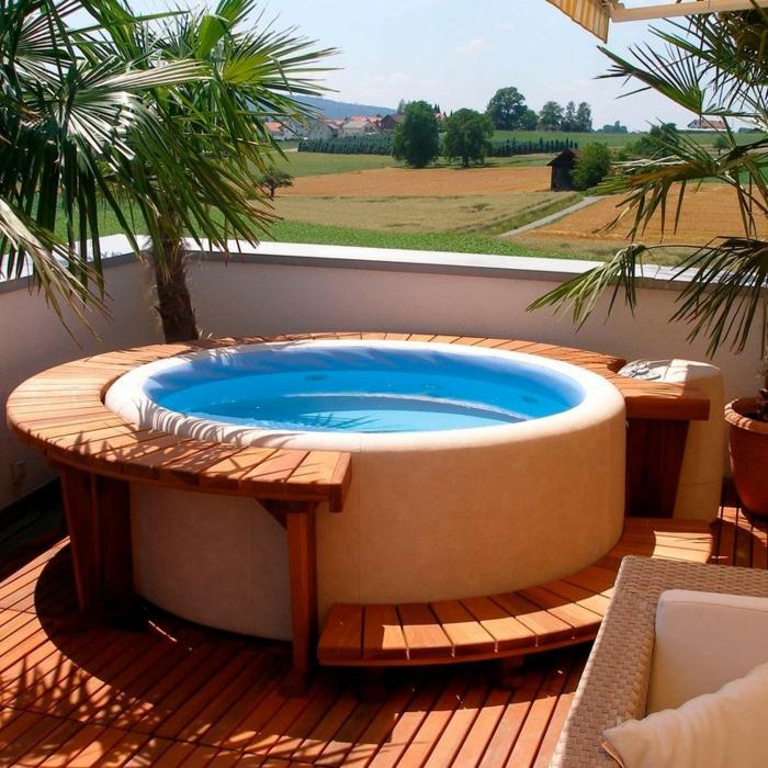 whirlpool-dachterrasse-rund-palmen