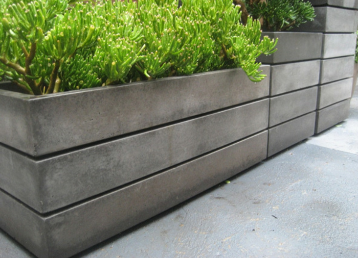 wunderschönes-design-pflanzkübel-aus-beton