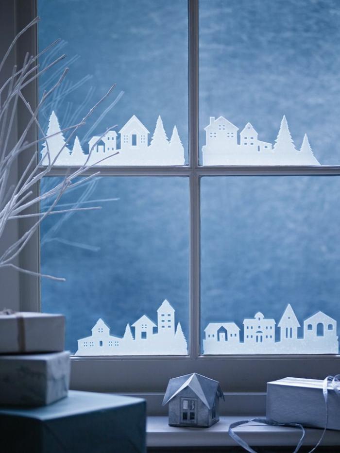 Winterdekoration-fürs-Zuhause-Aufkleber-fürs-Fenster-Straßen-Häuser-in-der-Winter-Nacht