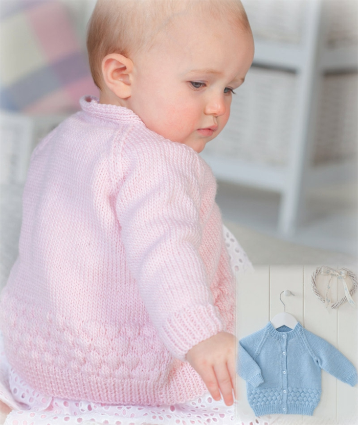 Baby-Pullover-stricken-in-Rosa