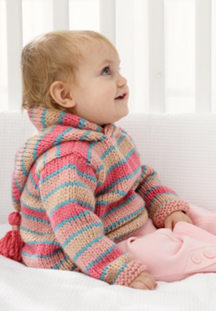 Baby-Pullover-stricken-mit-hut