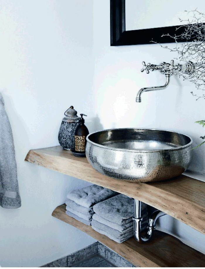 Badezimmer-modernes-Interieur-rustikale-Gestaltung