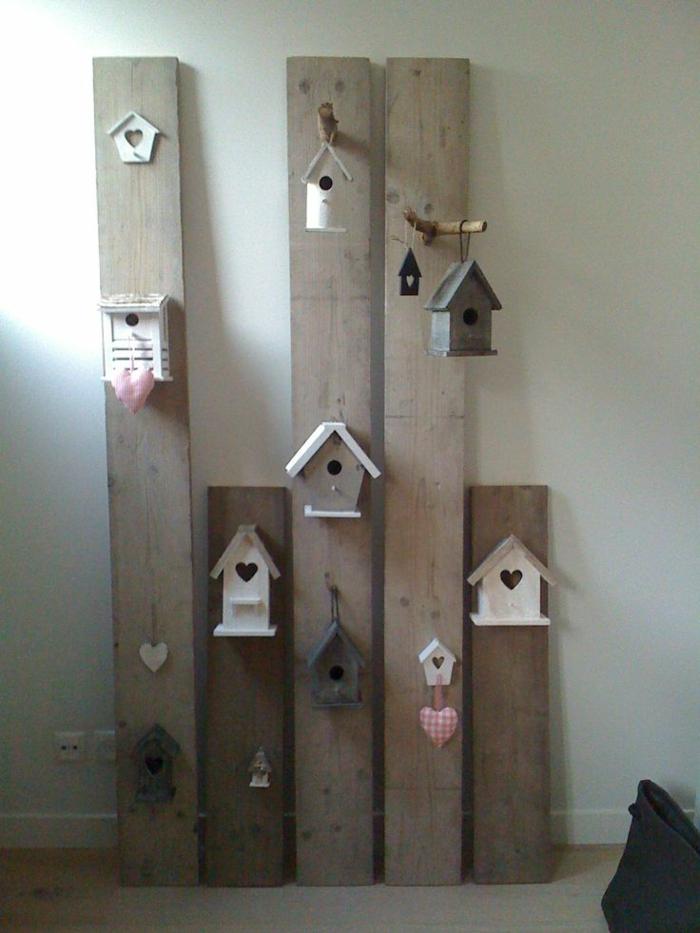 DIY-Dekorationsidee-Bretter-vogelhäuser-kokett