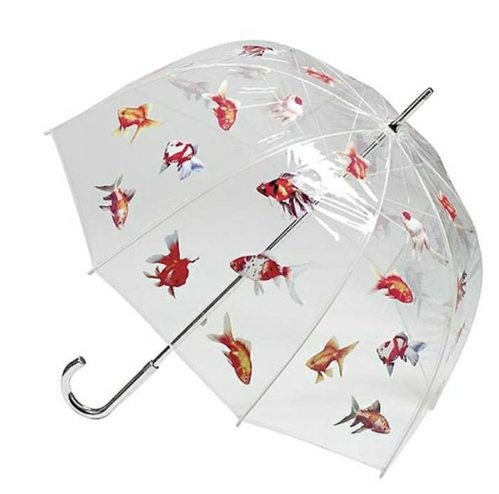 Durchsichtiger-Regenschirm-fisch-muster