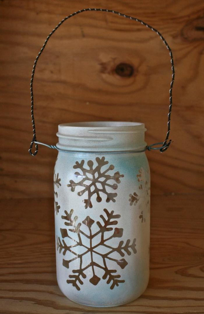 Einmachglas-Schneeflocken-Dekoration-handgemacht-kreative-Deko-Idee