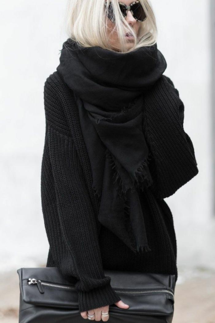 Fashion-Look-schwarzer-Pullover-Halstuch-Clutch