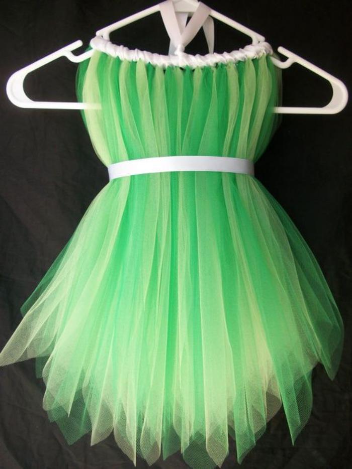 Feenkostüm-kleine-Mädchen-Tüll-grün-weißes-Band