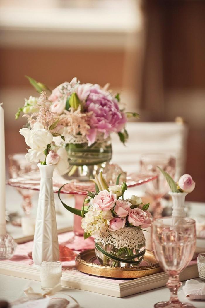 Hochzeit-vintage-Dekoration-shabby-chic-Elemente-Rosen-Gläser