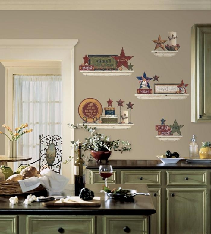 Küche-vintage-Gestaltung-veraltete-Möbel-Küchenschränke