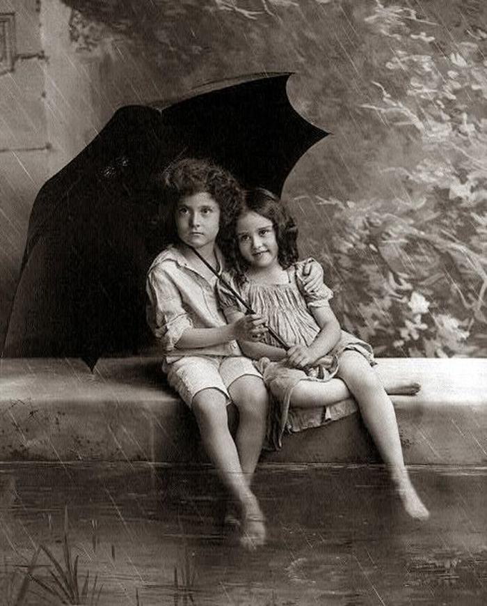 Kinder-Junge-Mädchen-schwarzer-kinderregenschirm