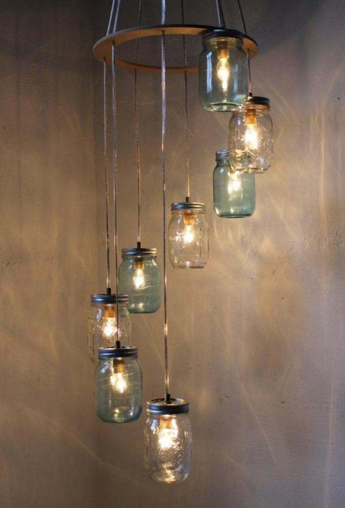 Lampe-Glühbirnenform-originell-kronleuchter