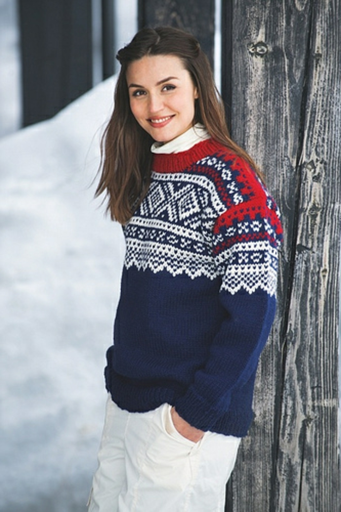 Norweger-Pullover-blau-rot-weiss