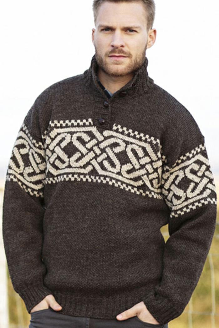 Norweger-Pullover-blond-robust-dunkel
