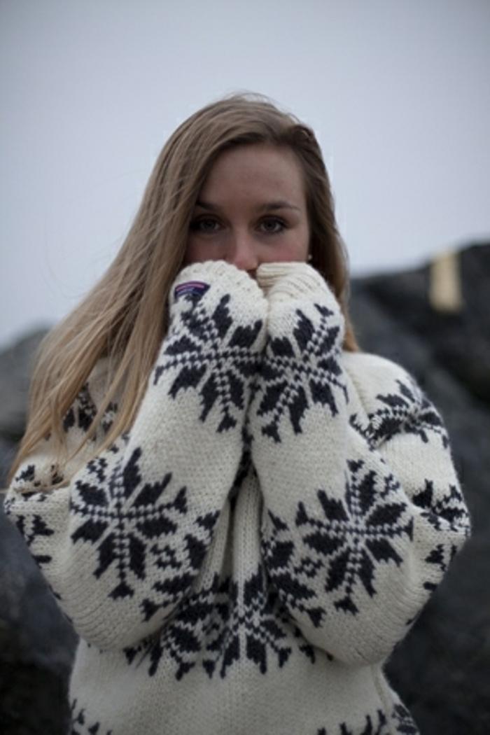 Norweger-Pullover-winter-schwarz-weiß