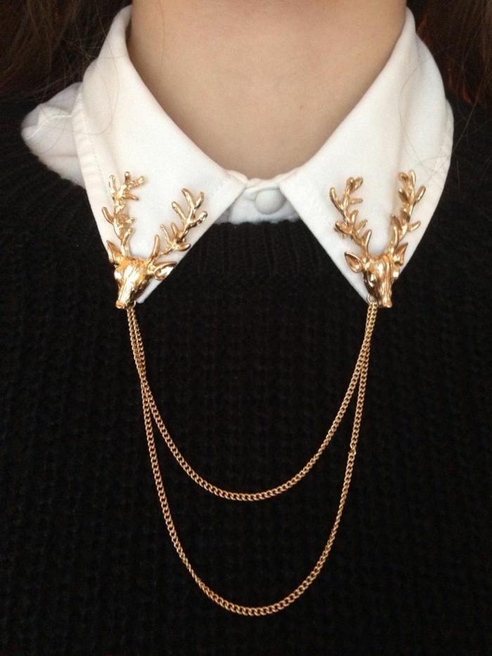 Pullover-Damen-schwarz-weißes-Hemd-goldener-Schmuck-Accessoire