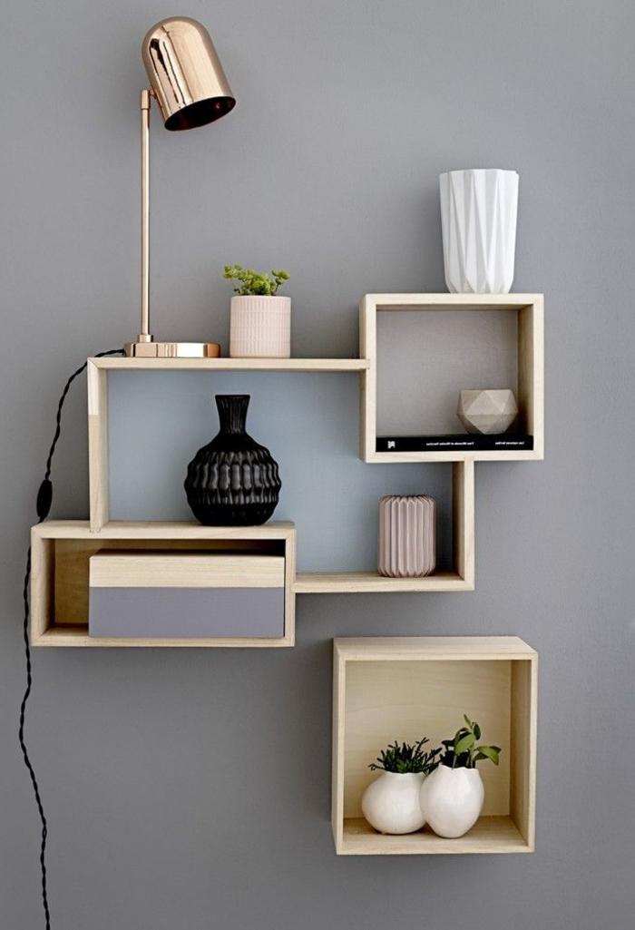 Regale-Dekoartikel-schöne-Leselampe-modernes-Design-glänzende-Oberfläche