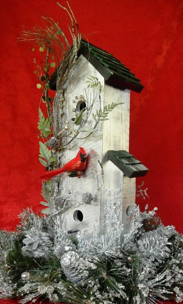 Weihnachtsdekoration-Deko-Vogelhaus-Holz-Glitzer-silberne-Zapfen