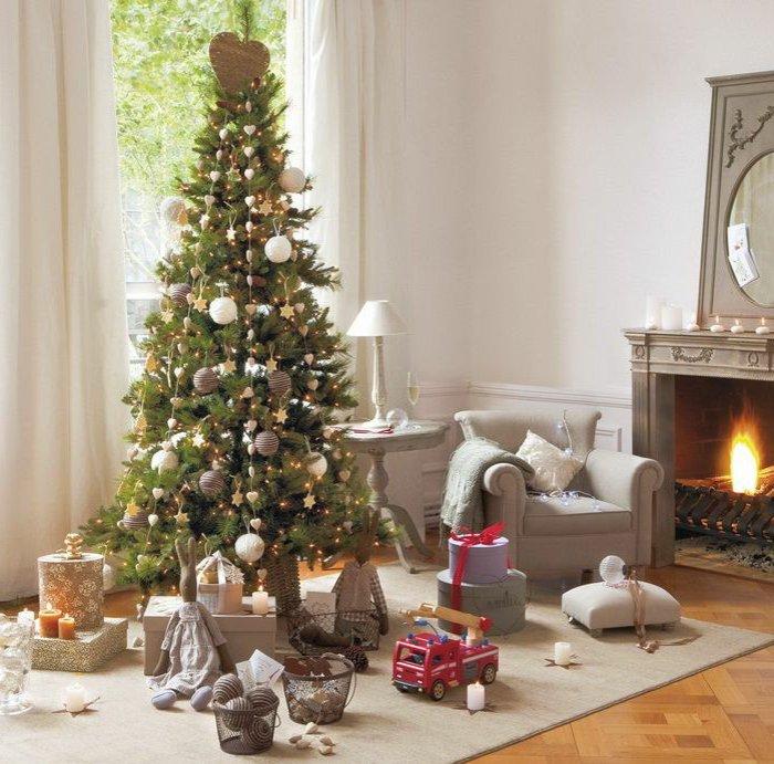 Kreative, alternative und traditionelle Weihnachtsdekoration für ...