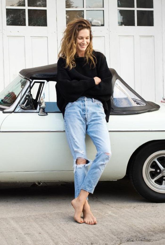alltägliche-Vision-Maxi-Pullover-zerrissene-Jeans