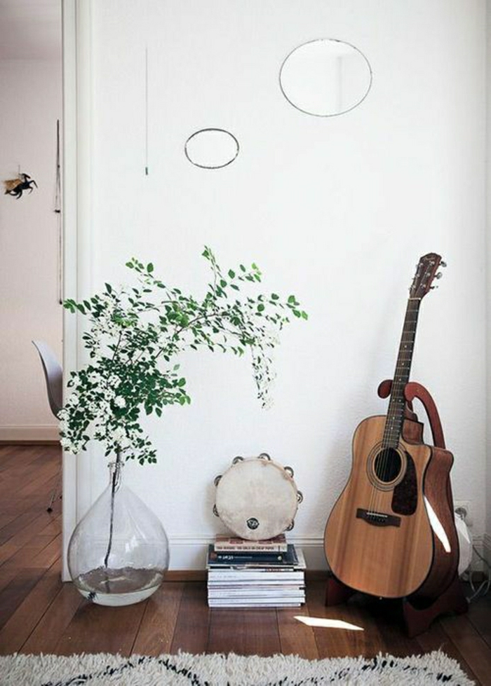 artistisches-Interieur-Akustik-Gitarre-originelle-Idee