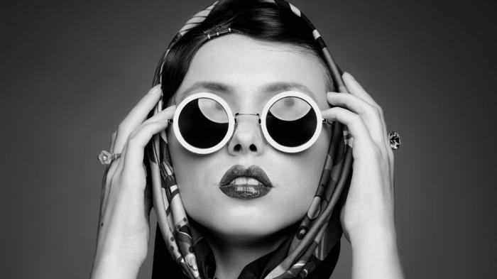 begeisterung-für-mode-schicke-retro-brillen
