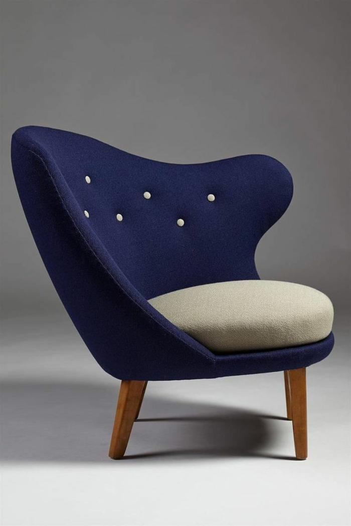 bequemer-Lounge-sessel-zweifarbig-dunkelblau-beige-Knöpfe-kreatives-Design