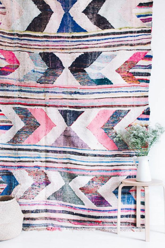 bunter-vintage-Teppich-kreative-Wohnidee