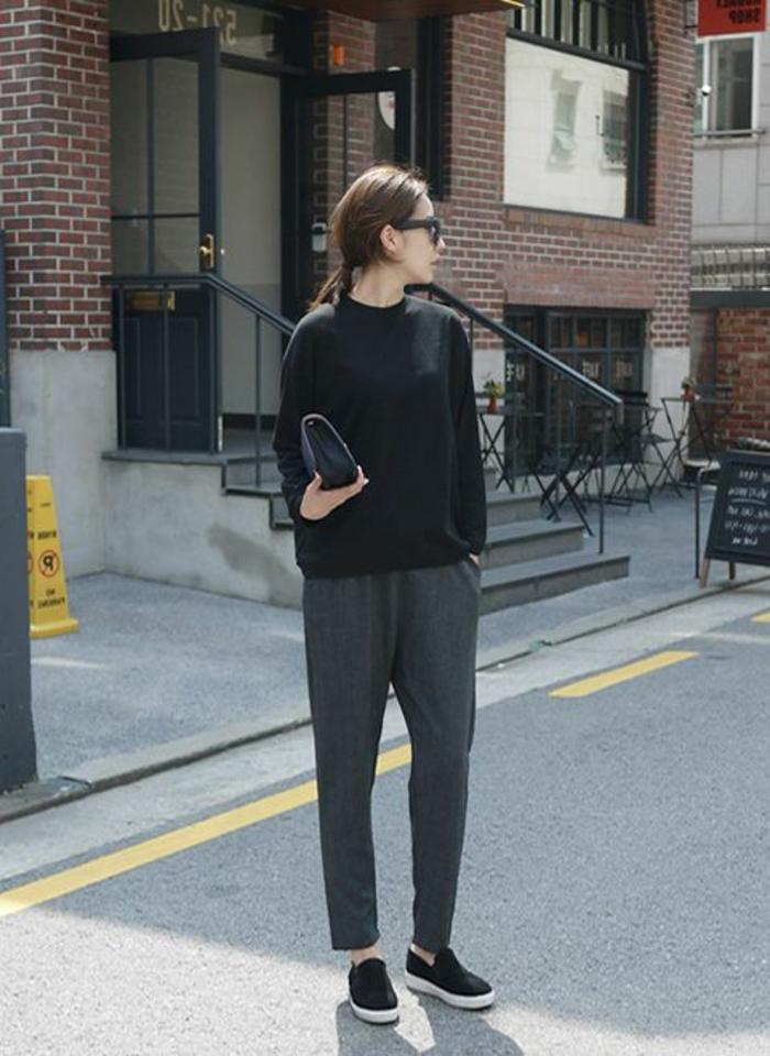 casual-look-pullover-damen-Sportshosen-Clutch