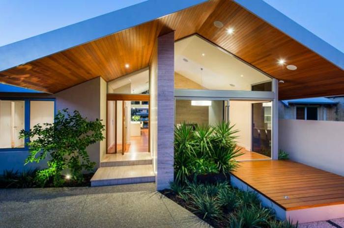 design-fertighaus-moderne-satteldachhäuser