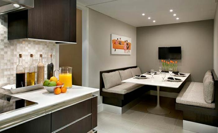 eckbänke-in-einer-modernen-küche