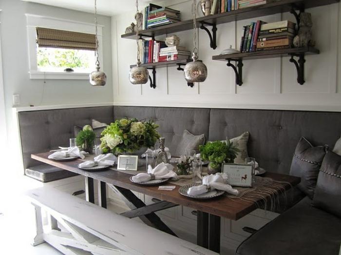 Eckbank in Weiss für eine romantische Sitzecke in der Küche