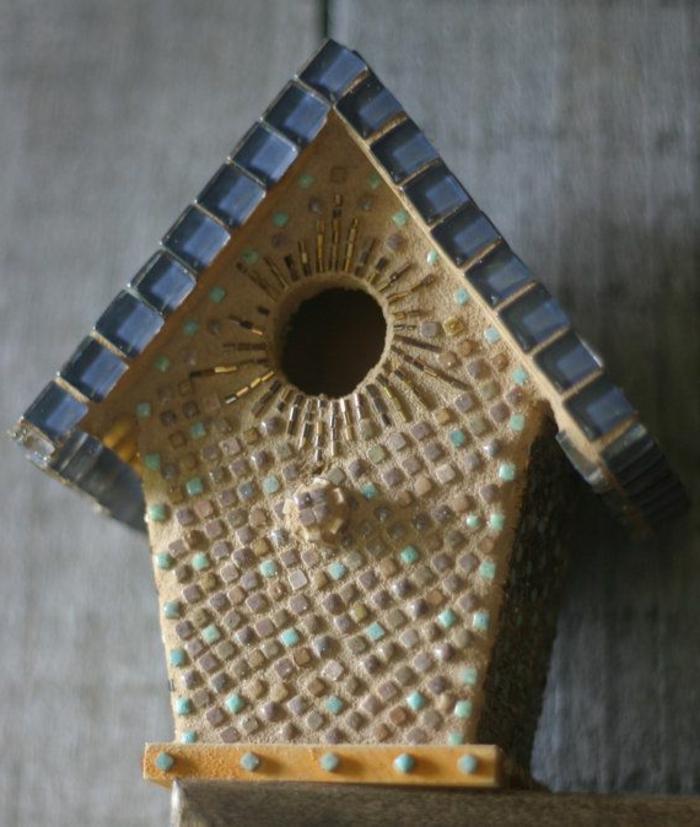 einzigartiges-vogelhaus-DIY-Deko-schöne-Dekoration-Mosaik